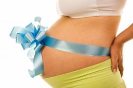 Clinic for reproductive medicine is looking for surrogate mothers and egg donors