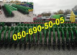 Rotary harrow (hoe) with possible compensation